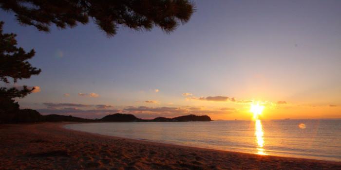 日本の快水浴場100選「筒城浜海水浴場」の時間とともに【Moonlight - Twilight - Sunrise - Marine blue】