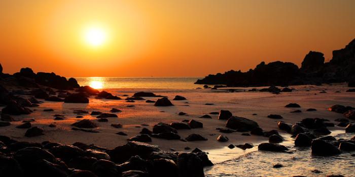 前後から波打ち寄せる「乙島の浜」の時間とともに【Milky way – Twilight – Sunrise – Marine blue】