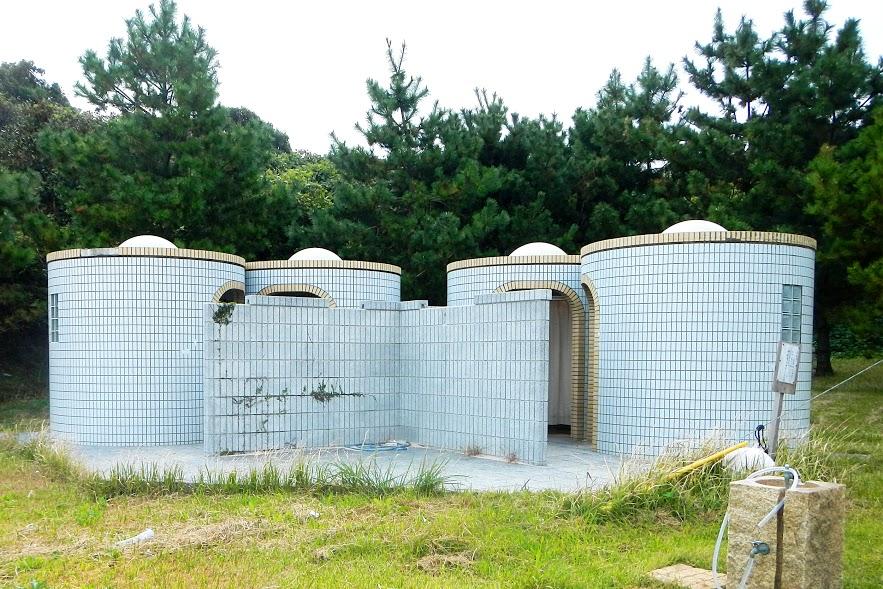 大島海水浴場の更衣室