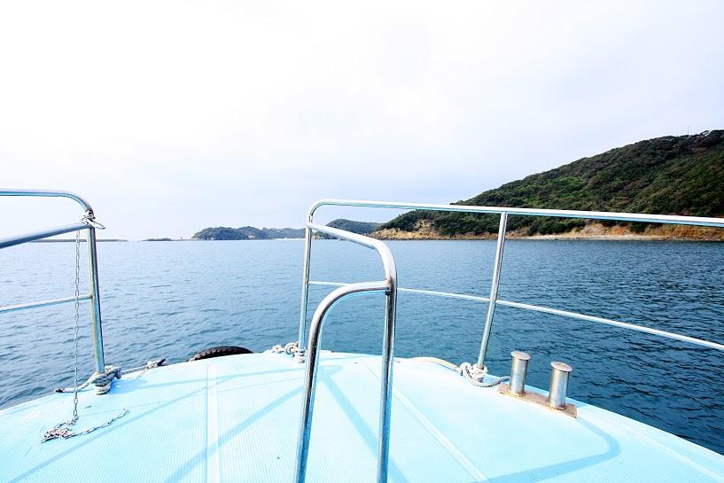 辰の島渡船から