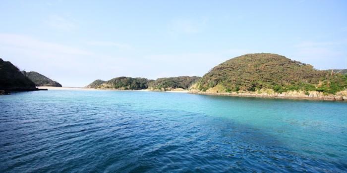 無人島のビーチ!「辰ノ島海水浴場」へ行く方法。辰の島渡船
